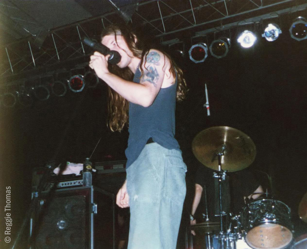 blind melon tour dates 1995 Blind melon (stylized as blind the band was halted in 1995 by the fatal overdose of lead vocalist shannon blind melon embarked upon a tour supporting.